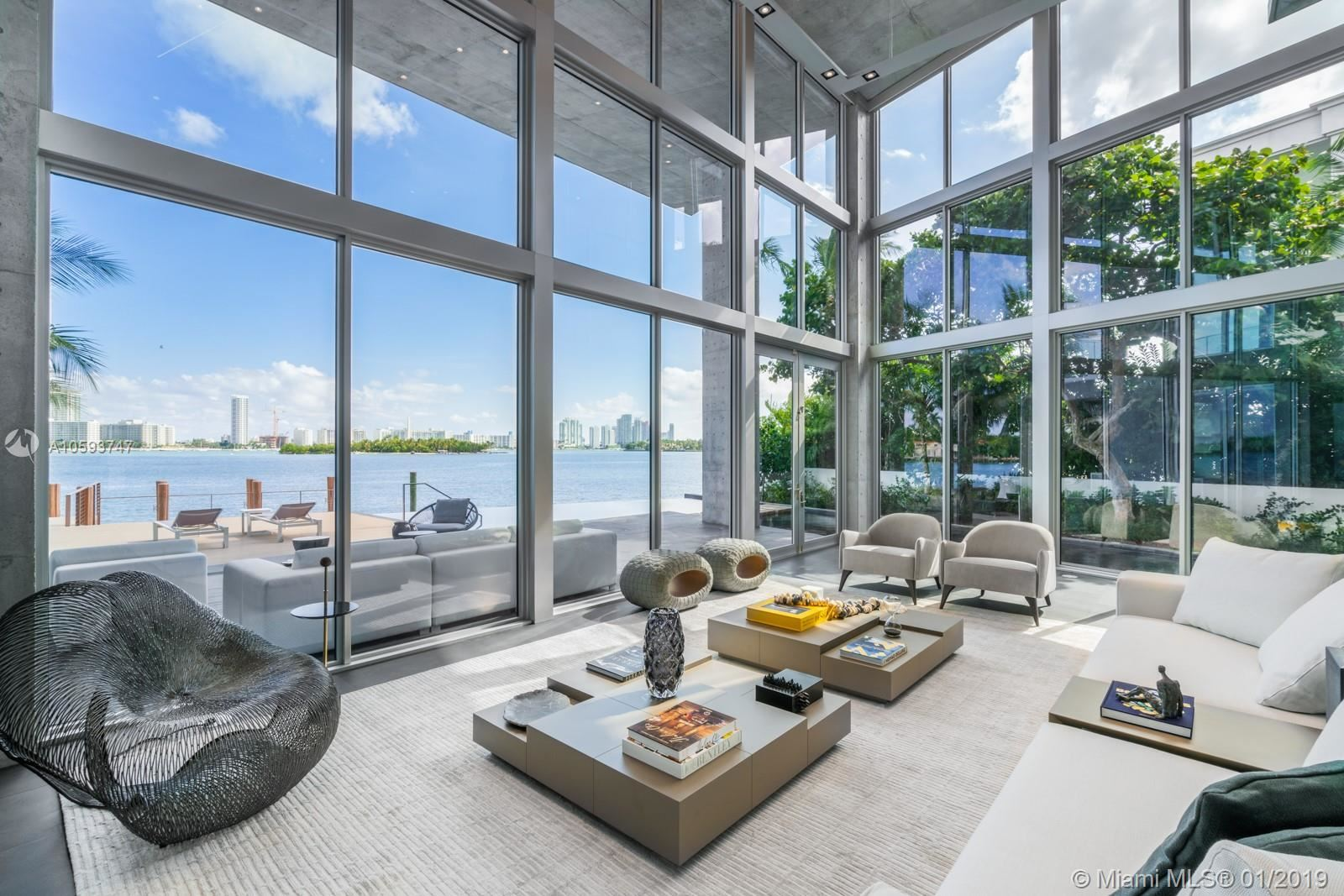 Photo 5 of Listing MLS a10593747 in 35 E Dilido Dr Miami Beach FL 33139