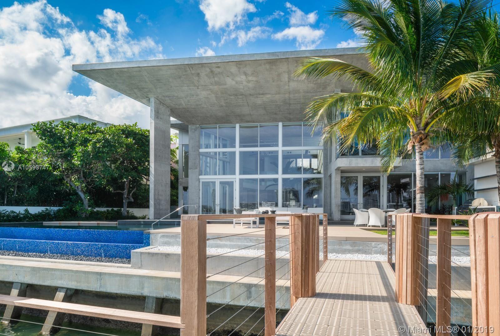 Photo 28 of Listing MLS a10593747 in 35 E Dilido Dr Miami Beach FL 33139