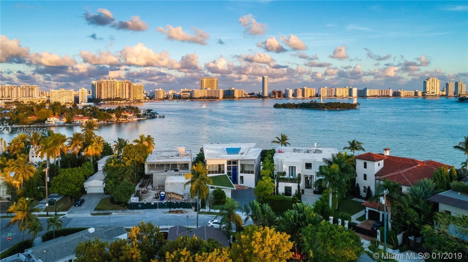 Photo 31 of Listing MLS a10593747 in 35 E Dilido Dr Miami Beach FL 33139