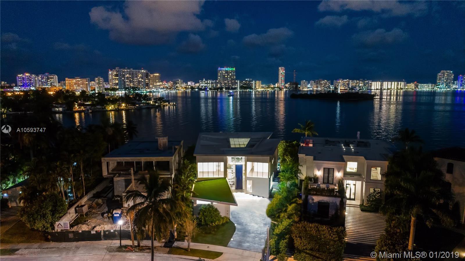 Photo 34 of Listing MLS a10593747 in 35 E Dilido Dr Miami Beach FL 33139