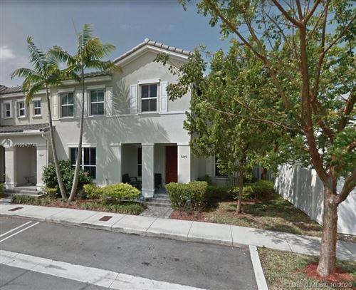 Foto de inmueble con direccion 9240 SW 169th Psge #9240 Miami FL 33196 con MLS A10943748