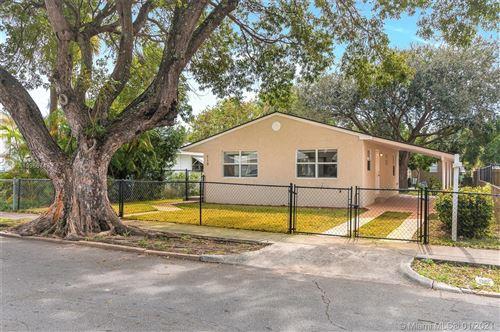 Photo of 710 55th St, West Palm Beach, FL 33407 (MLS # A10986749)