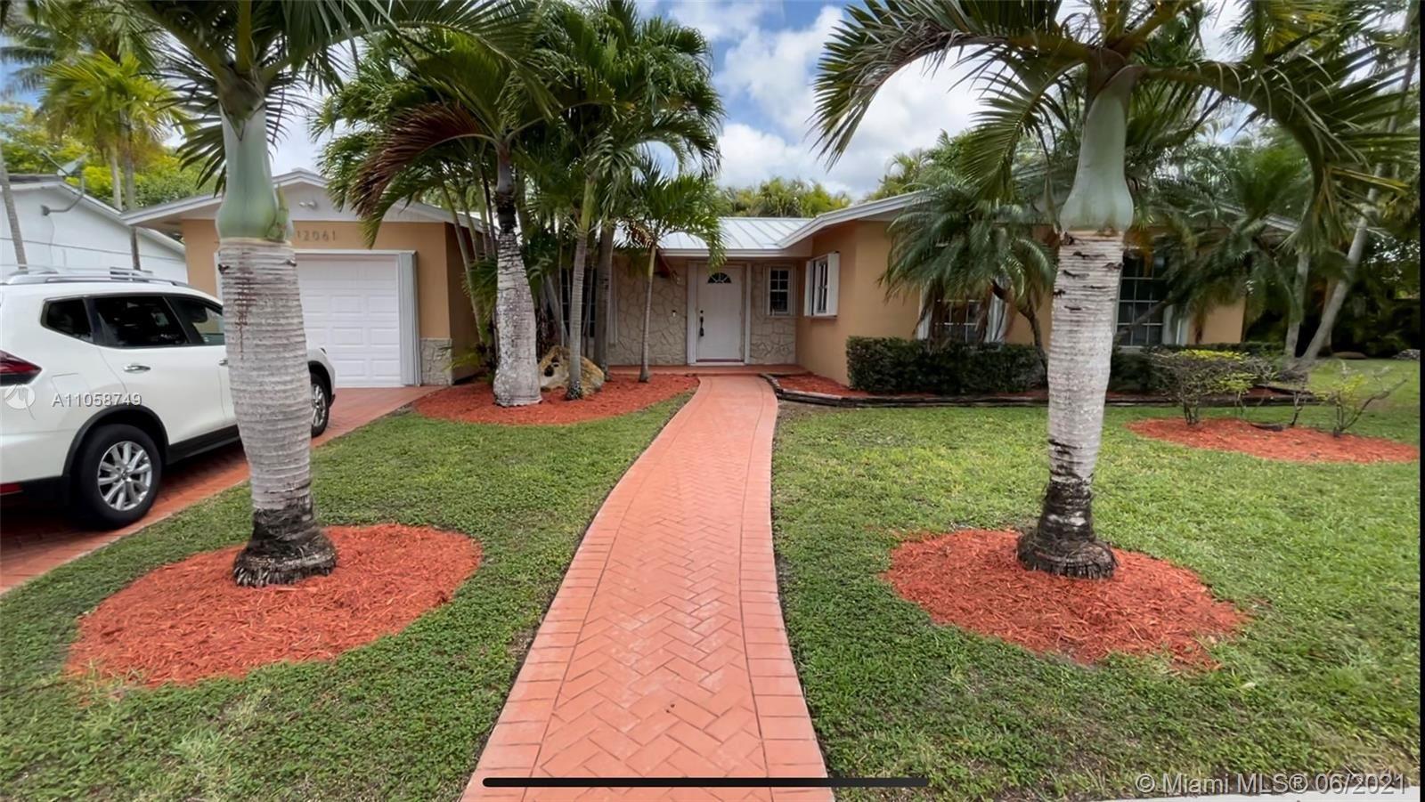 12061 SW 116th St, Miami, FL 33186 - #: A11058749