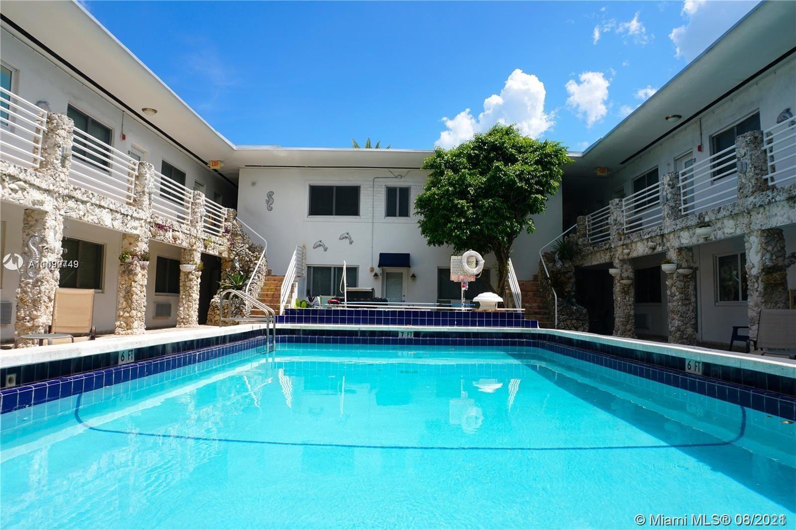 320 85th St #5, Miami Beach, FL 33141 - #: A11090749