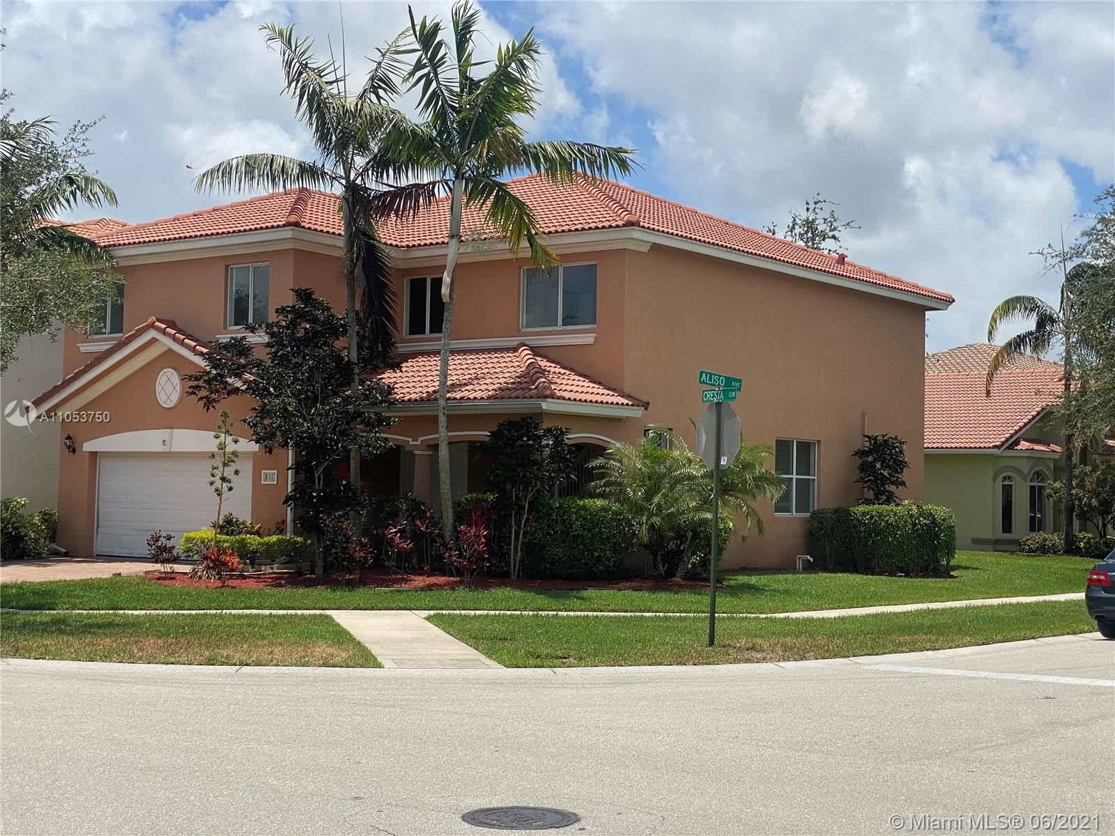 811 Cresta Cir, West Palm Beach, FL 33413 - #: A11053750