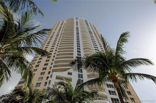 Foto de inmueble con direccion 848 Brickell Key Dr #4301 Miami FL 33131 con MLS A10886751