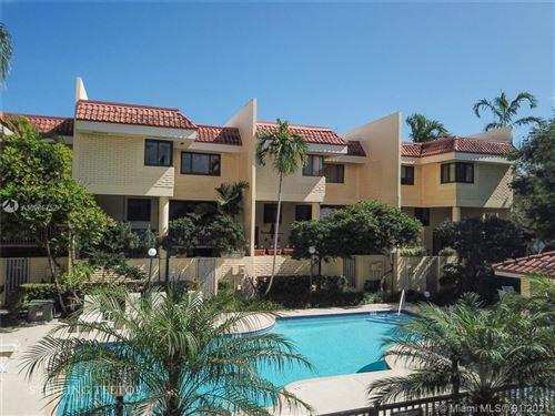 Photo of 1401 NE 9th St #12, Fort Lauderdale, FL 33304 (MLS # A10986752)