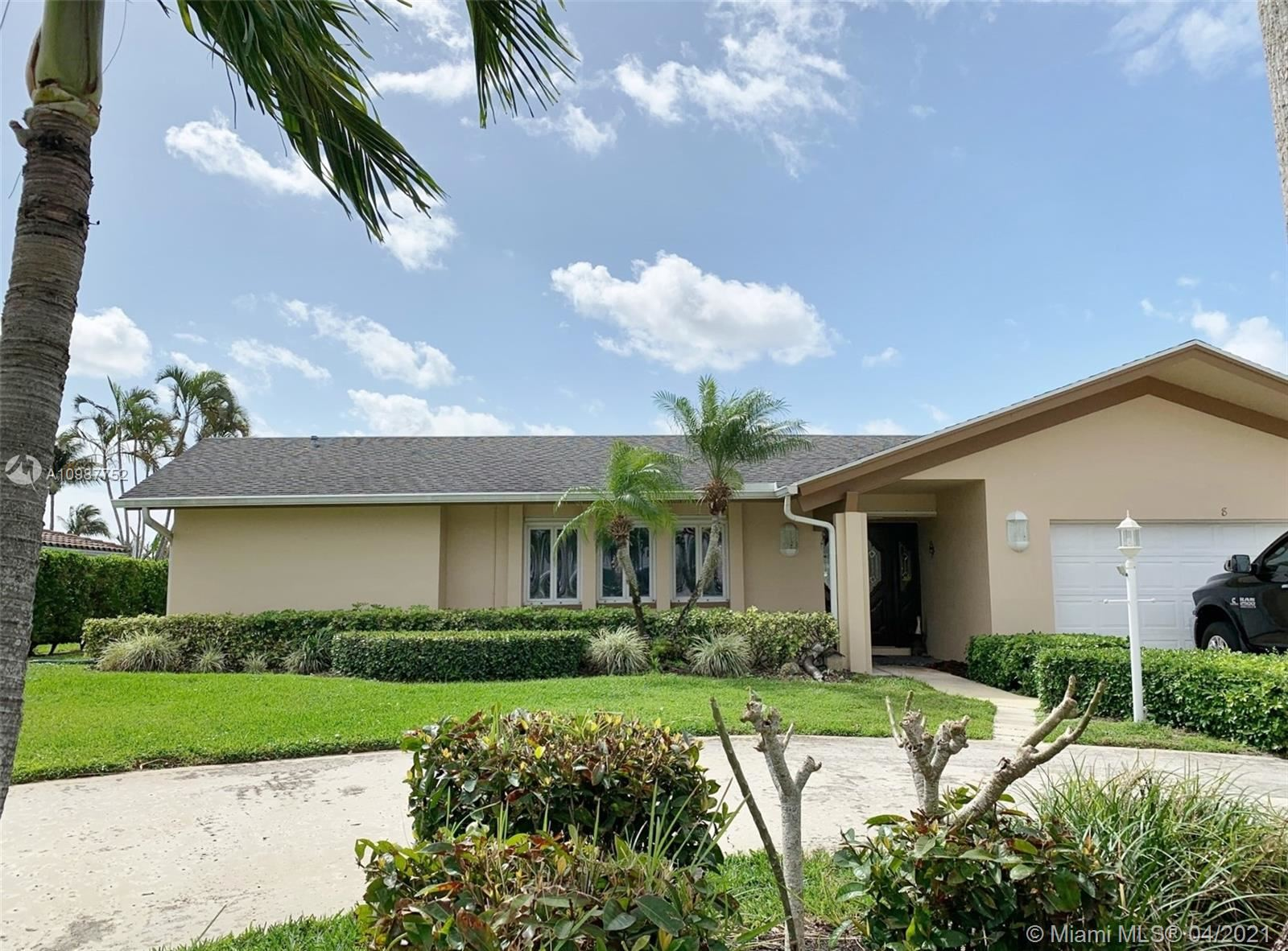 8 Leeward Cir, Tequesta, FL 33469 - #: A10987752