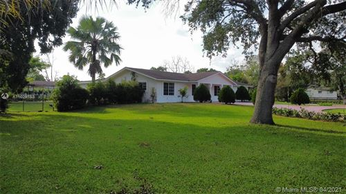 Photo of 4661 SW 128th Ave, Southwest Ranches, FL 33330 (MLS # A11029753)