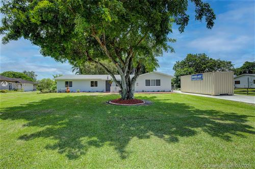 Photo of 5551 SW 188th Ave, Southwest Ranches, FL 33332 (MLS # A11069753)