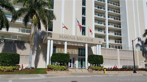 Foto de inmueble con direccion 18100 N Bay Rd #406 Sunny Isles Beach FL 33160 con MLS A10619754