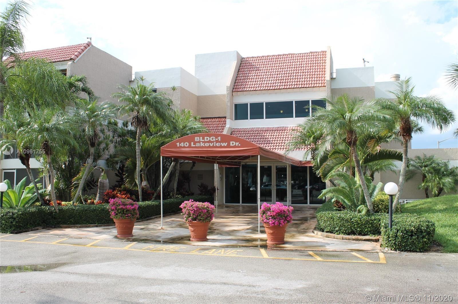 140 Lakeview Dr #101, Weston, FL 33326 - #: A10961755