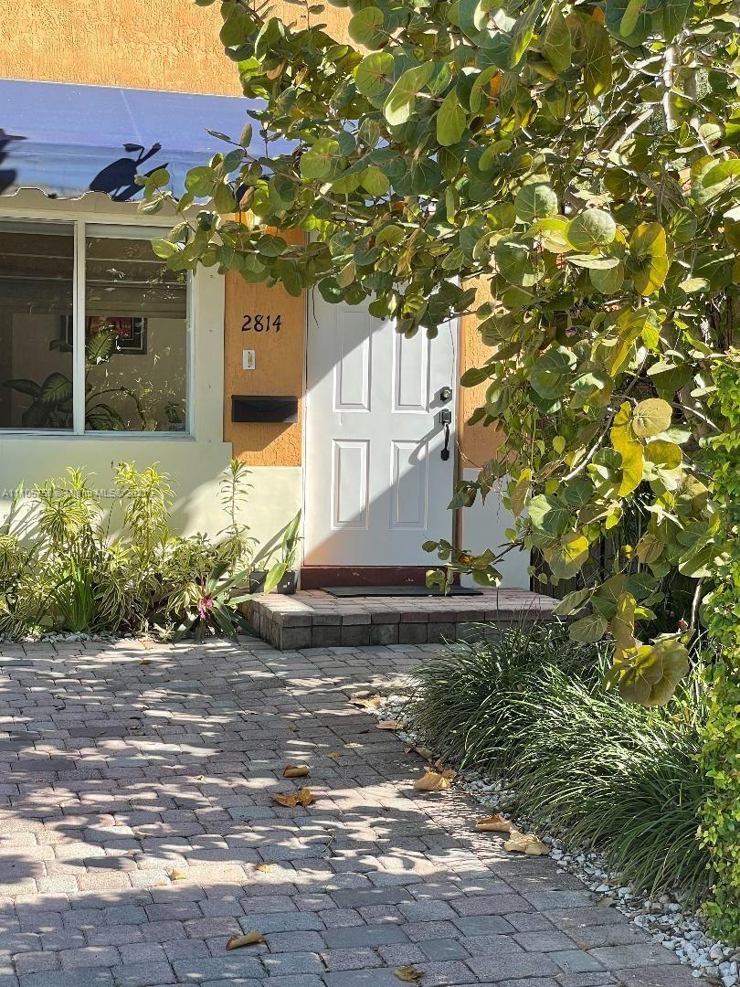 2814 SW 27th St, Miami, FL 33133 - #: A11105758