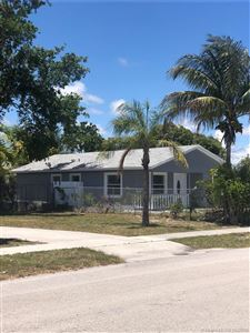 Photo of 126 NW 6th Ave, Delray Beach, FL 33444 (MLS # A10666759)