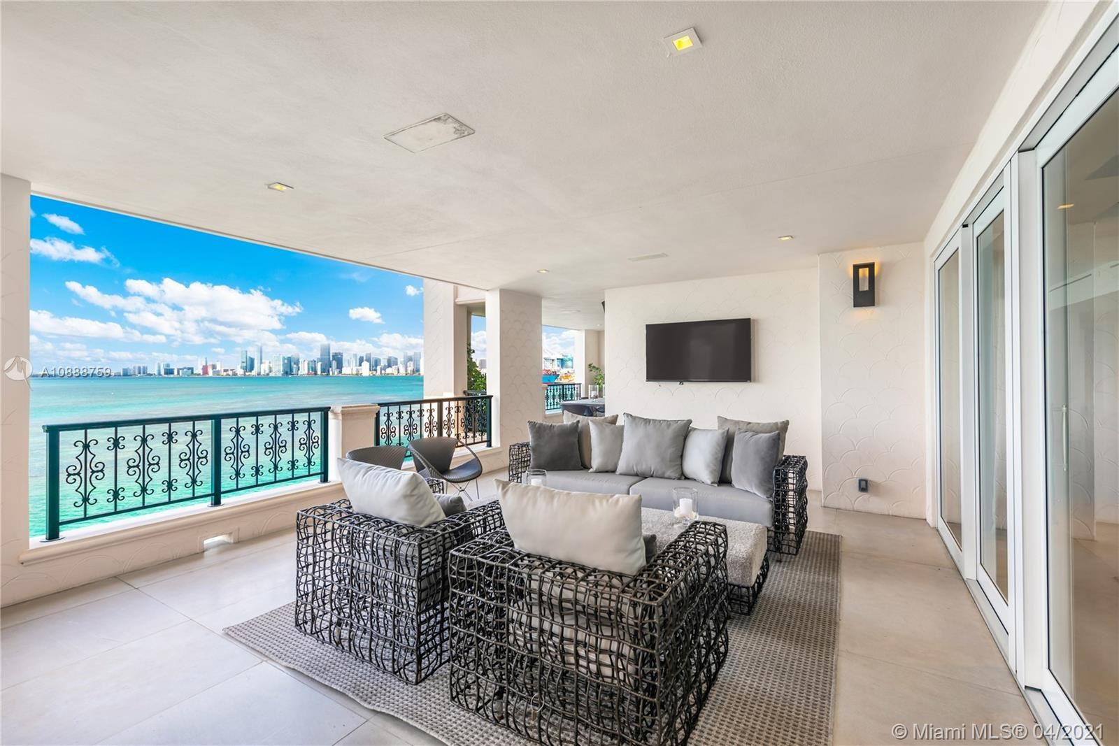 Photo 3 of Listing MLS a10888759 in 5282 Fisher Island Dr #5282 Miami FL 33109