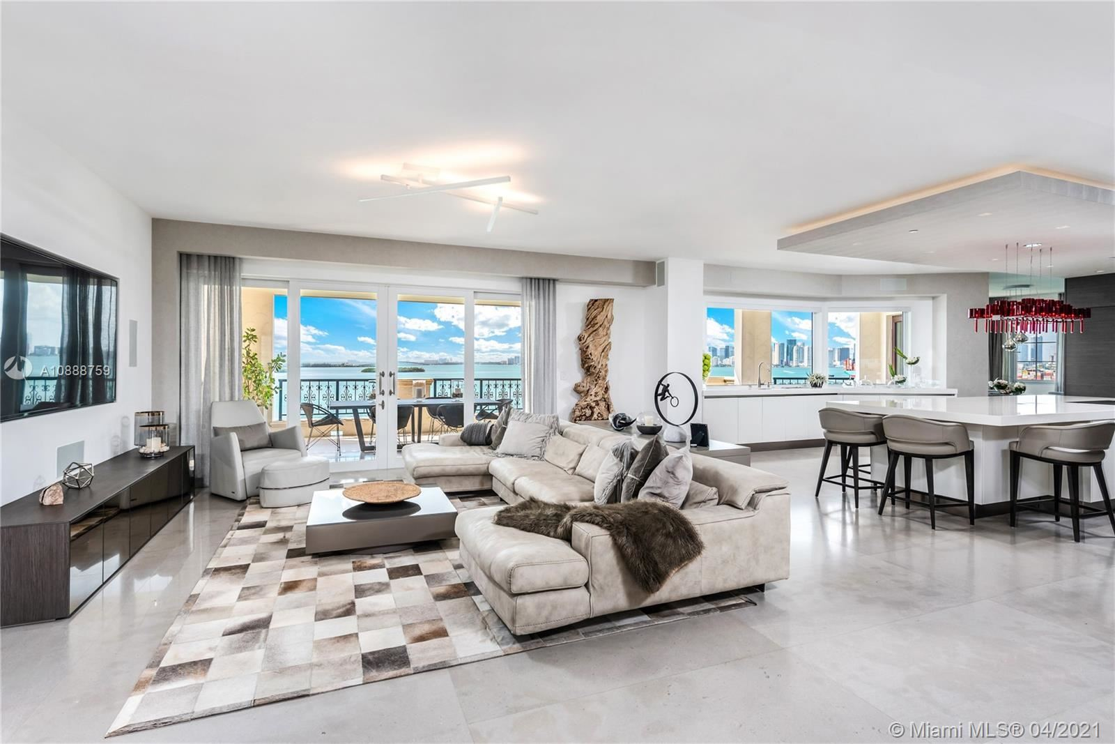 Photo 5 of Listing MLS a10888759 in 5282 Fisher Island Dr #5282 Miami FL 33109