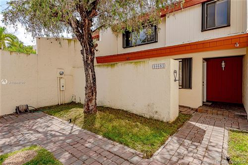 Photo of Listing MLS a10849760 in 10685 SW 76th Ter Miami FL 33173