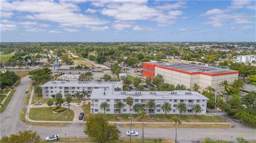 Photo of 1631 NE 114th St #109, Miami, FL 33181 (MLS # A10824761)