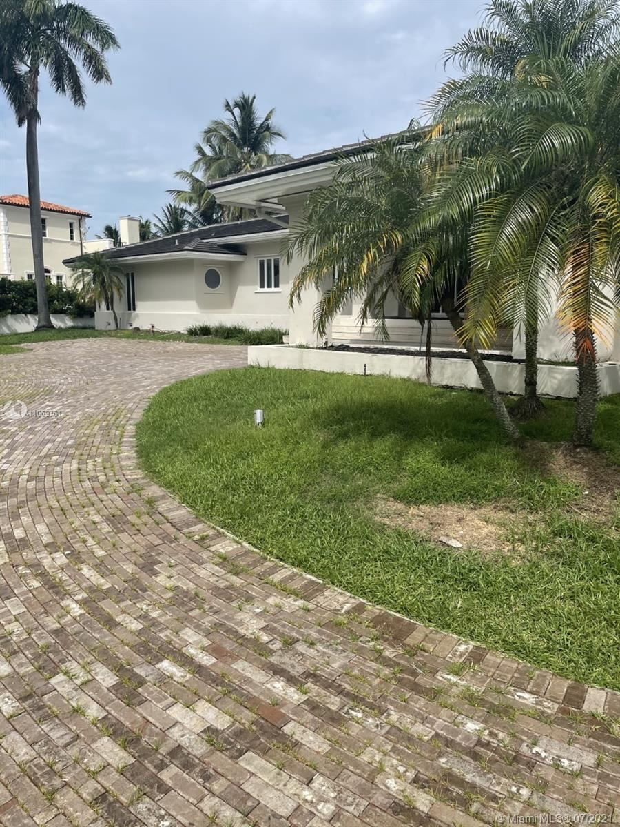 Photo of 25 Arvida Pkwy, Coral Gables, FL 33156 (MLS # A11069761)