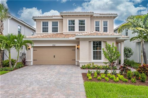 Photo of 3783 Greenway Dr, Hollywood, FL 33021 (MLS # A11098762)