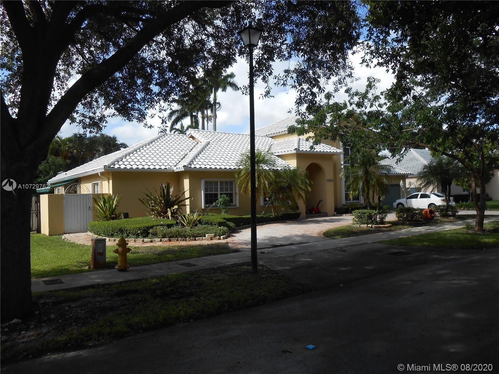 8245 NW 156th Ter, Miami Lakes, FL 33016 - #: A10729762