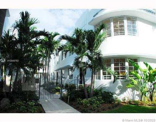 Photo of 1000 Meridian Ave #5, Miami Beach, FL 33139 (MLS # A10949763)