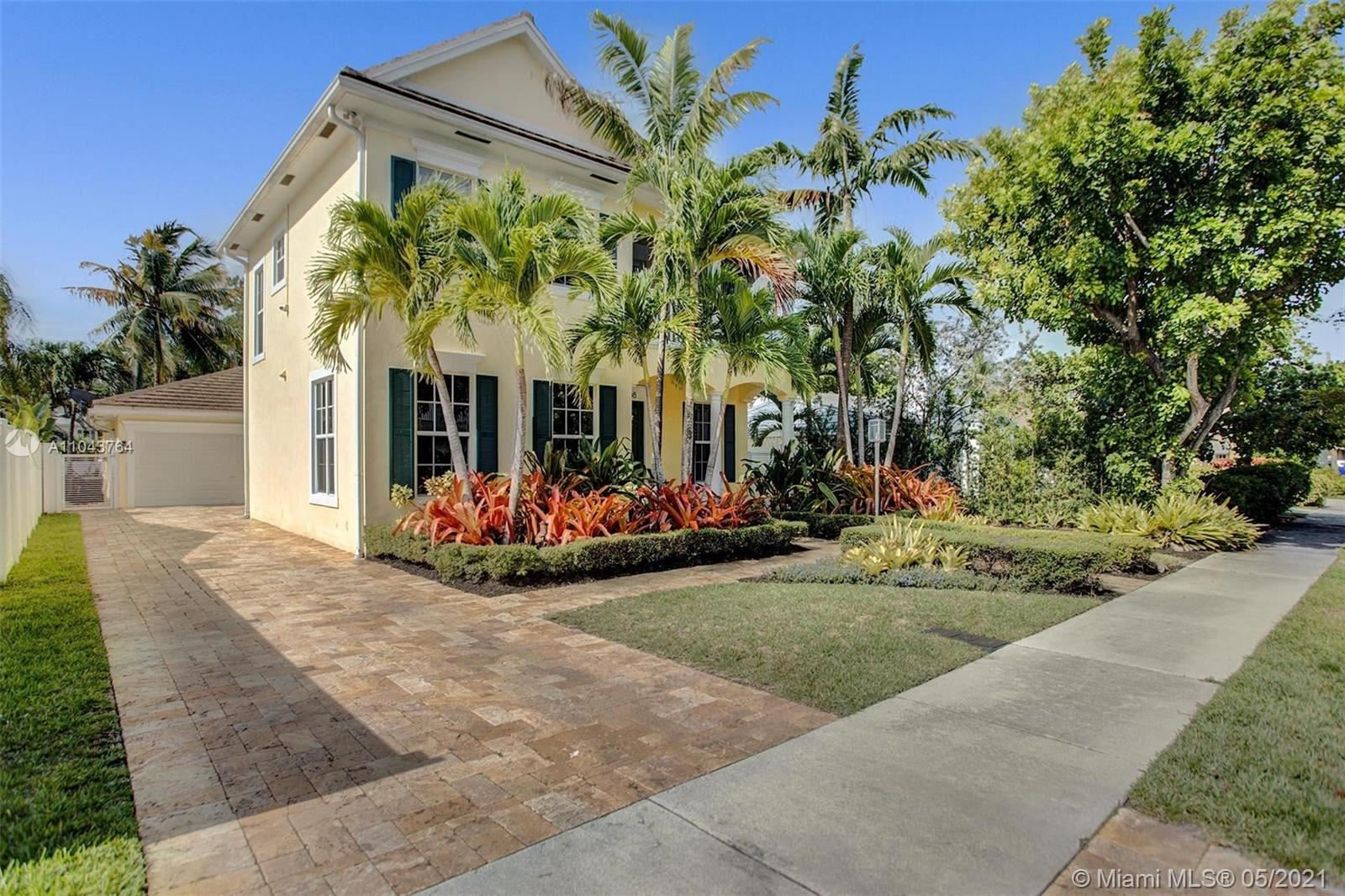 Photo of 1608 NE 4th Ct, Fort Lauderdale, FL 33301 (MLS # A11043764)