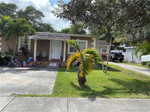 Foto de inmueble con direccion 9430 SW 39th St Miami FL 33165 con MLS A10813765