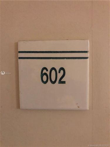 Foto de inmueble con direccion 540 Brickell Key Dr #602 Miami FL 33131 con MLS A10816765