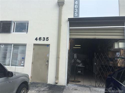 Foto de inmueble con direccion 4635 SW 75th Ave Miami FL 33155 con MLS A10919765