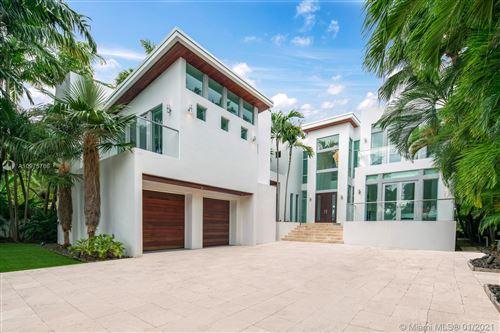 Photo of 1337 N Venetian Way, Miami, FL 33139 (MLS # A10975766)
