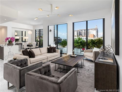 Photo of 275 Giralda Ave #5A, Coral Gables, FL 33134 (MLS # A11072768)