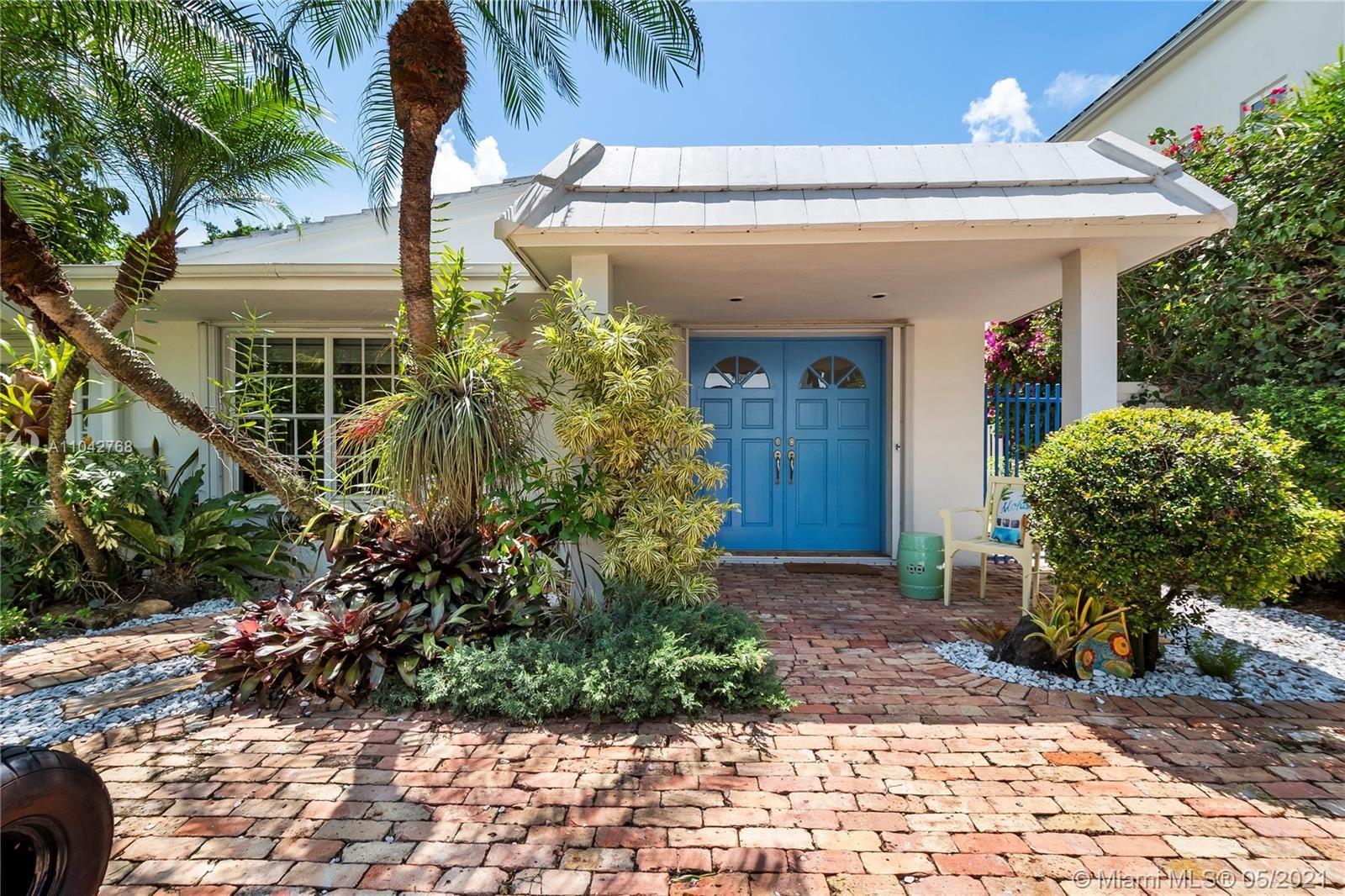 380 Ridgewood Rd, Key Biscayne, FL 33149 - #: A11042768