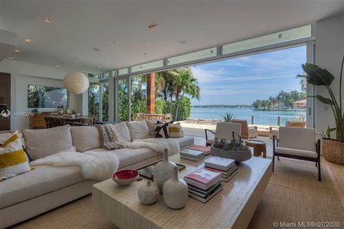 Foto de inmueble con direccion 709 E DILIDO DR Miami Beach FL 33139 con MLS A10662769