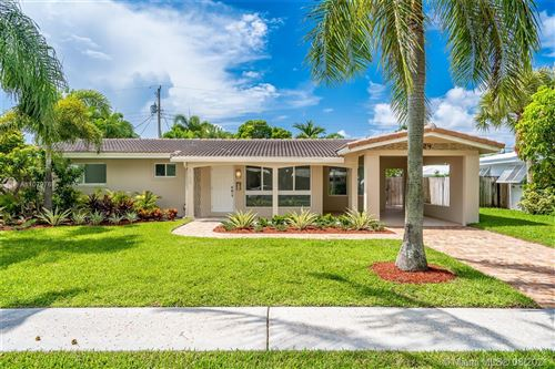 Photo of 2124 NE 63rd Ct, Fort Lauderdale, FL 33308 (MLS # A11079769)