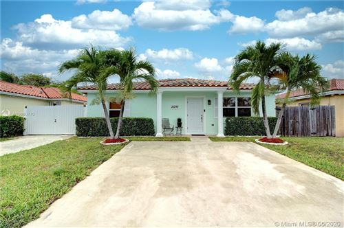 Photo of Listing MLS a10860770 in 12797 SW 256th Terrace Homestead FL 33032