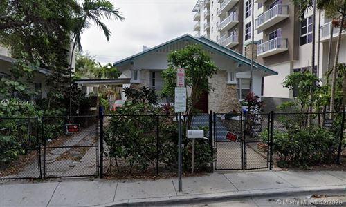 Photo of 426 NE 28th St, Miami, FL 33137 (MLS # A10964770)
