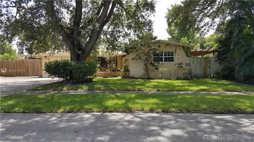 Photo of Listing MLS a10713771 in 5190 SW 90th Ter Cooper City FL 33328
