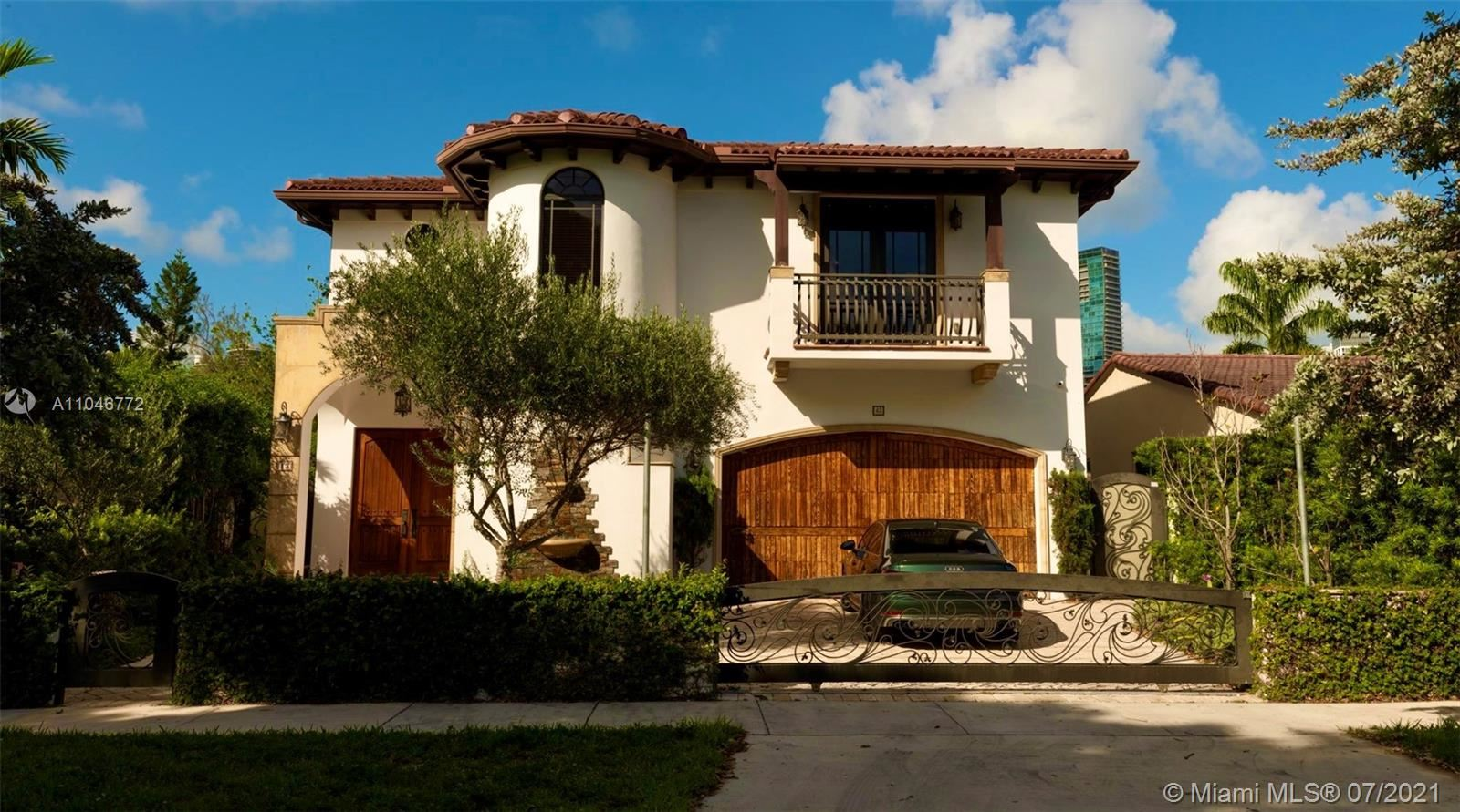 43 SW 20th Rd, Miami, FL 33129 - #: A11046772