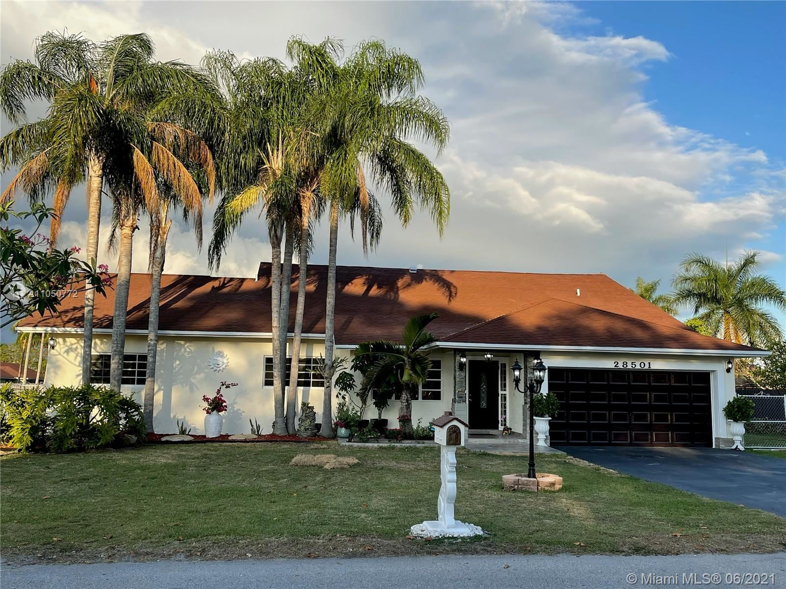 28501 SW 164th Ave, Homestead, FL 33033 - #: A11050772