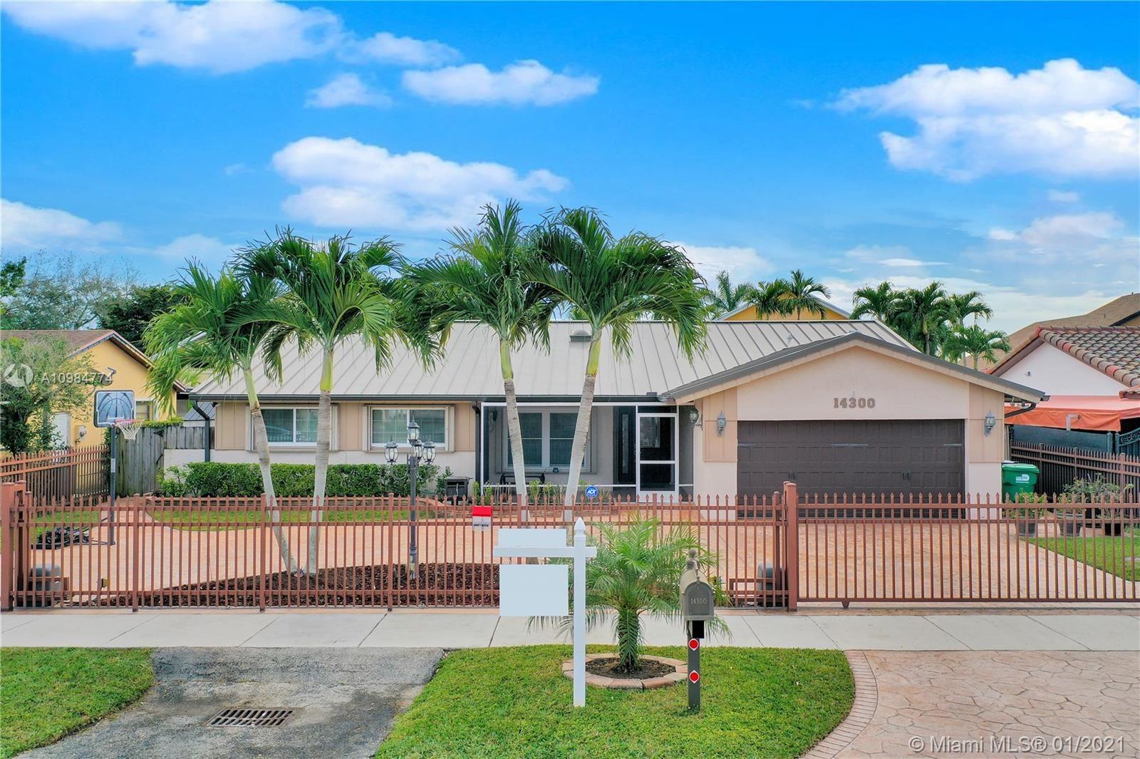 14300 SW 105th Ter, Miami, FL 33186 - #: A10984774