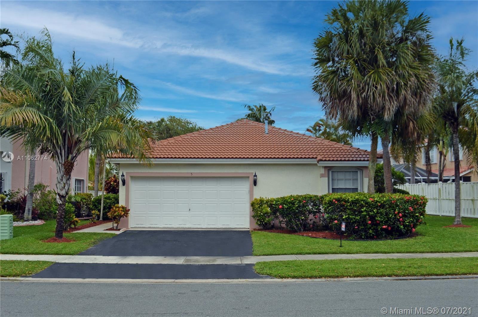 5 Gables Blvd, Weston, FL 33326 - #: A11062774
