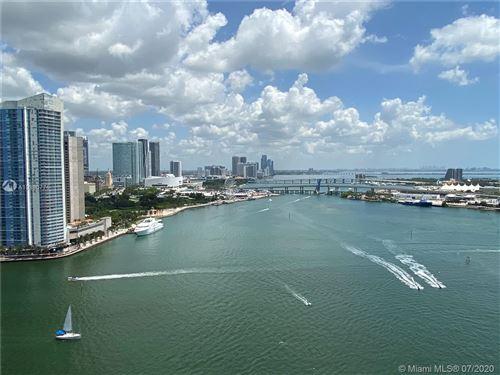Foto de inmueble con direccion 808 Brickell Key Dr #2601 Miami FL 33131 con MLS A10886775