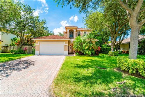 Photo of Listing MLS a10889775 in 9023 SW 163rd Ter Palmetto Bay FL 33157