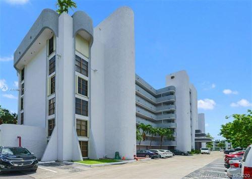 Photo of 1650 NE 115th St #402, Miami, FL 33181 (MLS # A10924775)