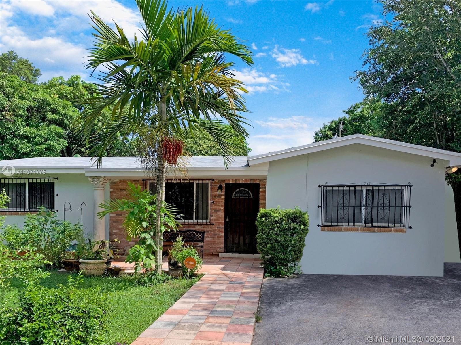 450 NE 164th St, Miami, FL 33162 - #: A11071775