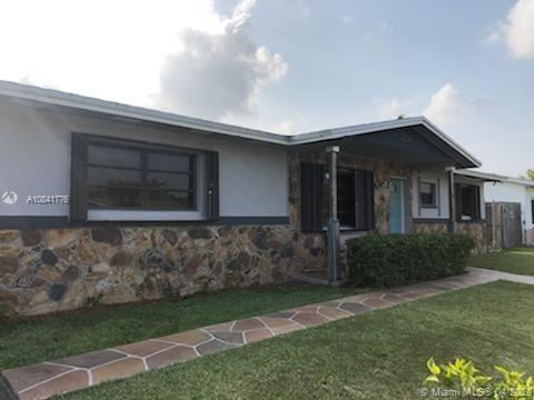 Foto de inmueble con direccion 26162 SW 123rd Pl Homestead FL 33032 con MLS A10841776