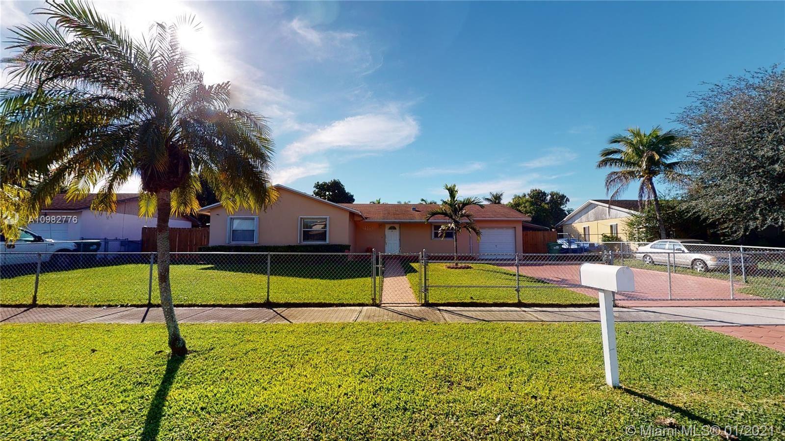 10934 SW 159th Ter, Miami, FL 33157 - #: A10982776
