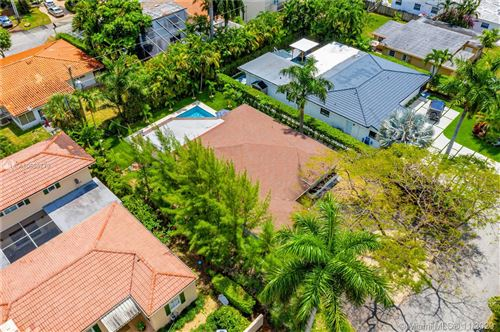 Photo of Listing MLS a10585779 in 7611 Coquina Dr North Bay Village FL 33141