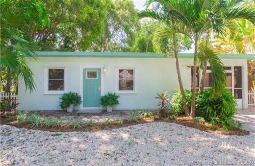 Photo of 124 Gumbo Limbo Dr, Key Largo, FL 33037 (MLS # A11099780)